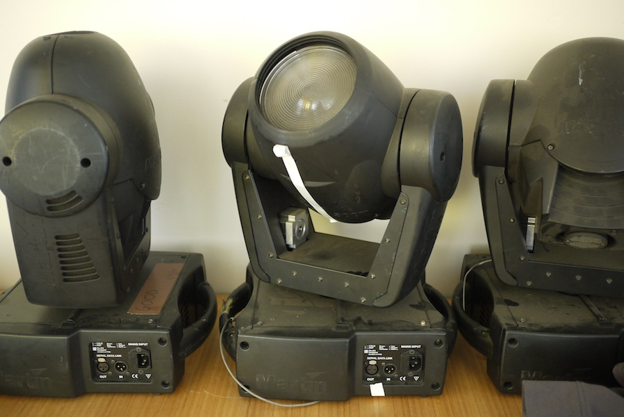 more moving heads
